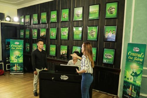 Trúc Nhân, Đinh Hương hăng say truyền lửa cho thí sinh - 4