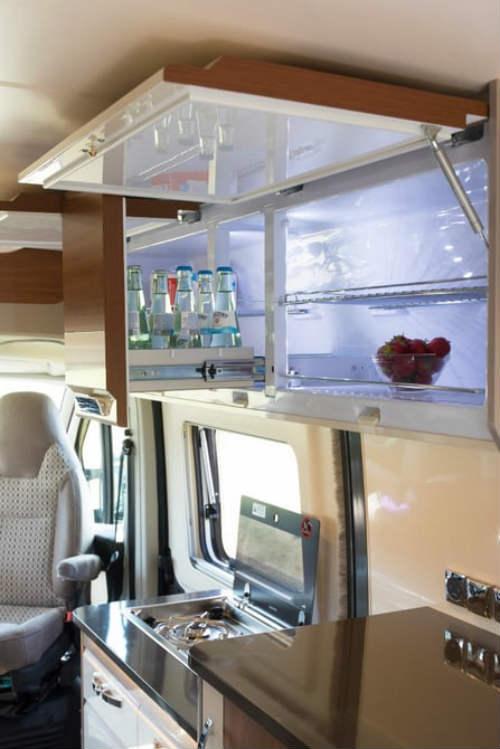Phát thèm xe du lịch 2017 Hobby Vantana cho người giàu - 13