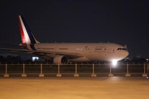Tổng thống Pháp tới TP.HCM - 2