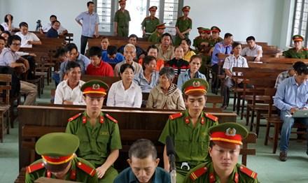 Đòi tử hình thủ phạm vụ án oan của ông Huỳnh Văn Nén - 1