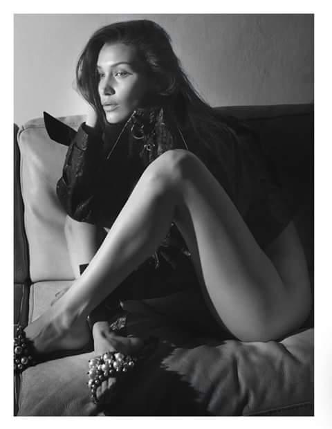 Bella Hadid nóng bỏng trên tạp chí Vogue - 5