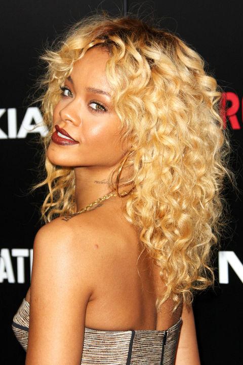 """15 kiểu tóc ấn tượng cộp mác """"Rihanna"""" - 5"""