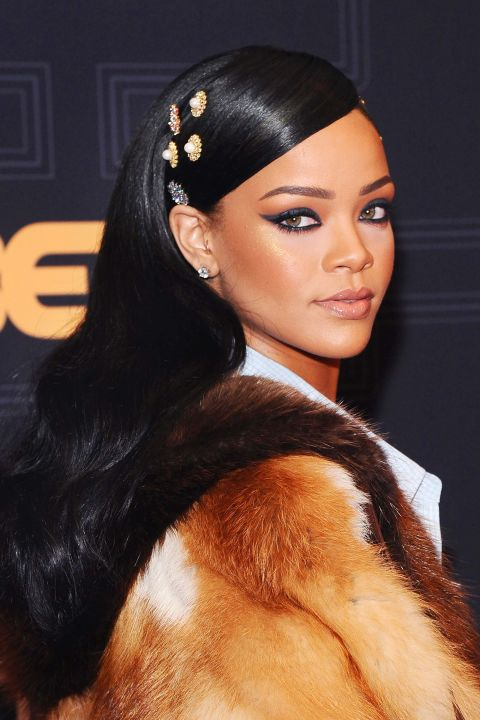 """15 kiểu tóc ấn tượng cộp mác """"Rihanna"""" - 1"""