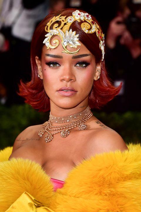 """15 kiểu tóc ấn tượng cộp mác """"Rihanna"""" - 13"""