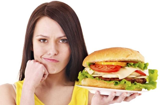 7 thói quen ăn uống tàn phá gan cần loại bỏ sớm - 2