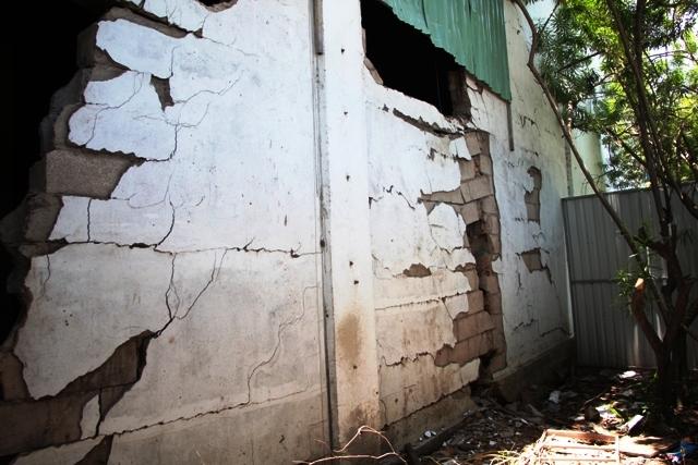 """12 tỷ đồng """"chữa bệnh"""" cho cầu vượt nứt toác ở Sài Gòn - 3"""