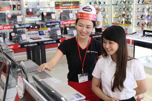 """""""Săn"""" học bổng đến 40 triệu đồng và 500 laptop Asus tại FPT Shop mùa tựu trường - 2"""