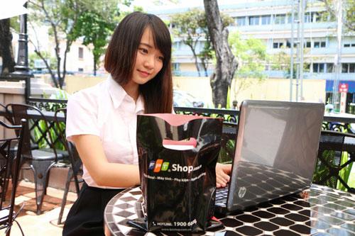 """""""Săn"""" học bổng đến 40 triệu đồng và 500 laptop Asus tại FPT Shop mùa tựu trường - 1"""