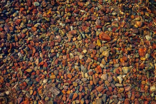 Hồ nước có đá cuội đẹp như tranh ai tới cũng ngất ngây - 2