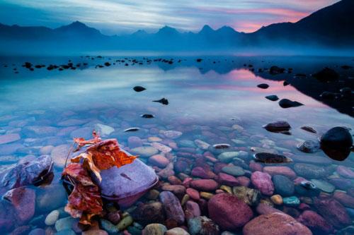 Hồ nước có đá cuội đẹp như tranh ai tới cũng ngất ngây - 4