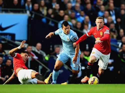 Derby Manchester: Man City mất Aguero, nửa lo nửa mừng - 2