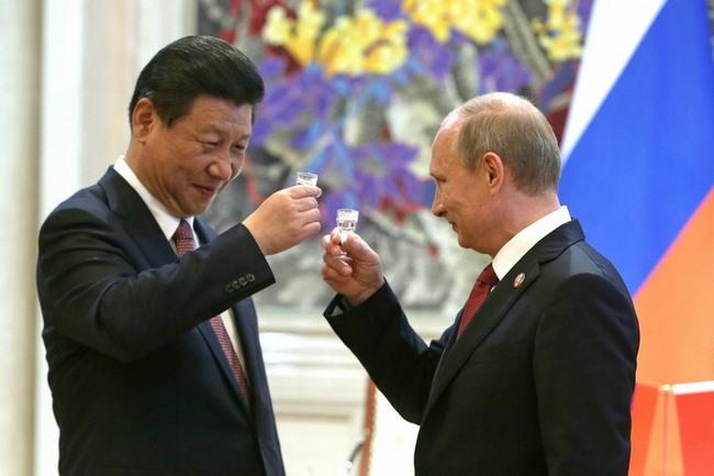 """Vì sao Tổng thống Nga được coi là """"Putin đại đế"""" ở TQ? - 2"""