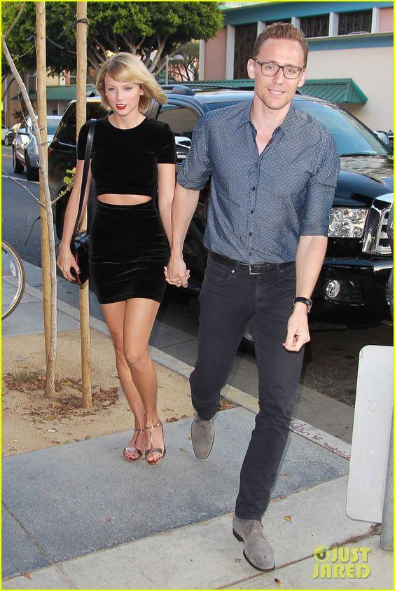 Khi còn bên nhau, Taylor-Tom từng diện đồ ăn ý như thế này - 9