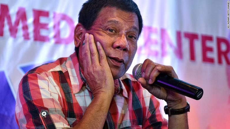 """11 phát ngôn """"chợ búa"""" gây sốc của Tổng thống Philippines - 1"""