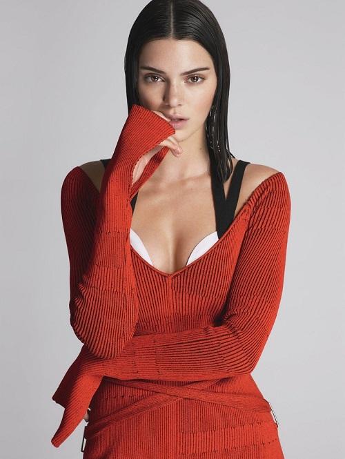 Mặc dư luận, Kendall Jenner tiếp tục lên bìa Vogue - 2