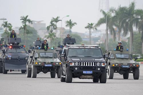 """Ngắm dàn xe chống đạn """"khủng"""" của lực lượng CSCĐ - 2"""