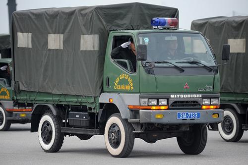 """Ngắm dàn xe chống đạn """"khủng"""" của lực lượng CSCĐ - 9"""