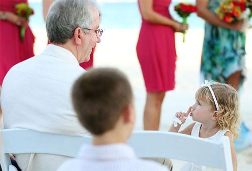 Đám cưới - nơi diễn ra những hình ảnh cực kỳ hài hước - 1