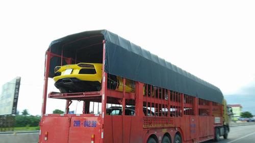 """Muôn kiểu vận chuyển """"siêu xe"""" chỉ có ở Việt Nam - 7"""