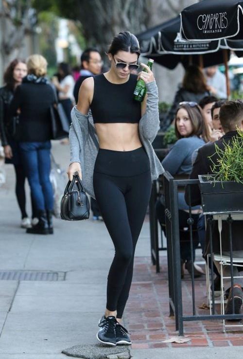 Học cách mặc legging chất như Kendall Jenner - 4