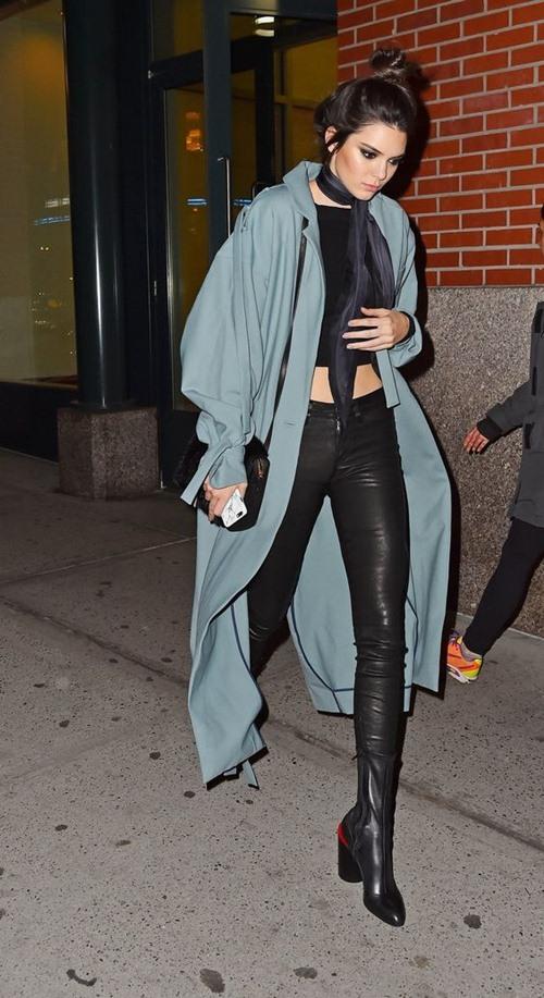 Học cách mặc legging chất như Kendall Jenner - 8