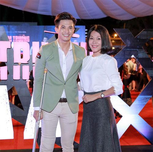 Phan Mạnh Quỳnh ngại ngùng đưa bạn gái đi xem phim - 7