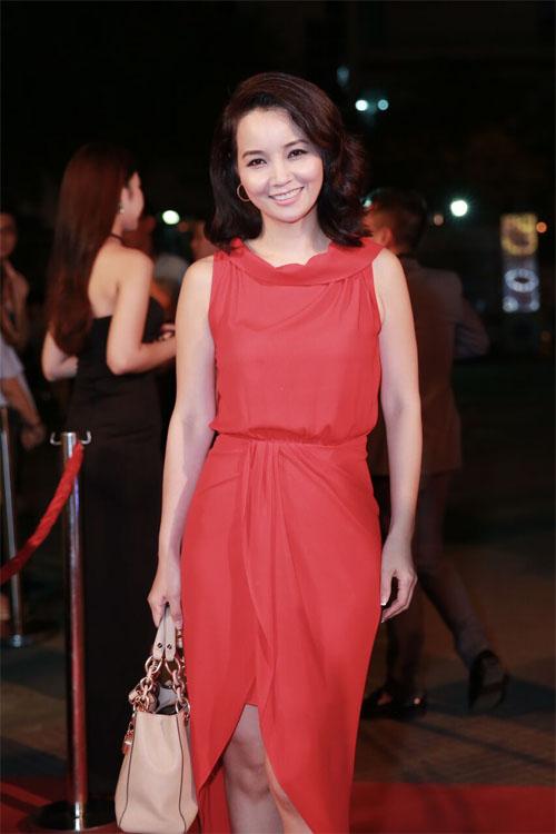 Phan Mạnh Quỳnh ngại ngùng đưa bạn gái đi xem phim - 8