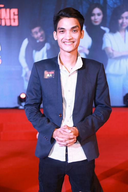 Phan Mạnh Quỳnh ngại ngùng đưa bạn gái đi xem phim - 9