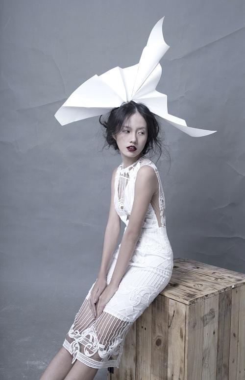 Hotgirl Thanh Vy khoe dáng nuột trong sắc trắng tinh khôi - 7