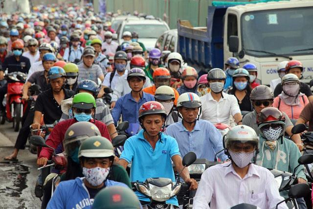 """""""Rốn"""" kẹt xe vắng vẻ lạ thường, người Sài Gòn """"sốc"""" - 16"""