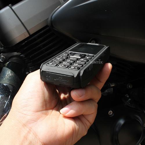 Điện thoại siêu bền, chống nước pin dùng 20 ngày giá 599.000đ gây sốt - 6