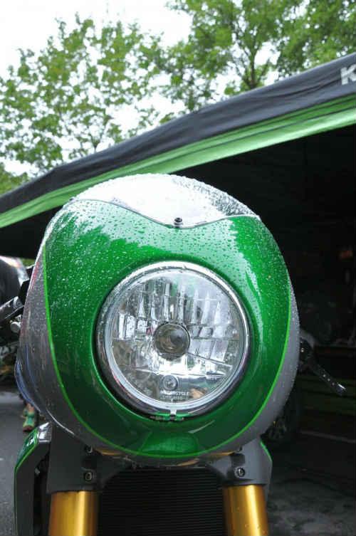 Soi Kawasaki Vulcan S độ như quái vật xanh - 3