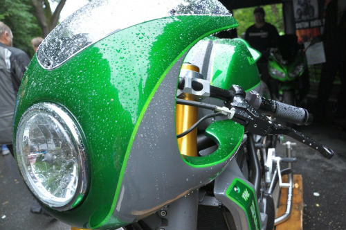 Soi Kawasaki Vulcan S độ như quái vật xanh - 4