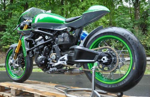 Soi Kawasaki Vulcan S độ như quái vật xanh - 2
