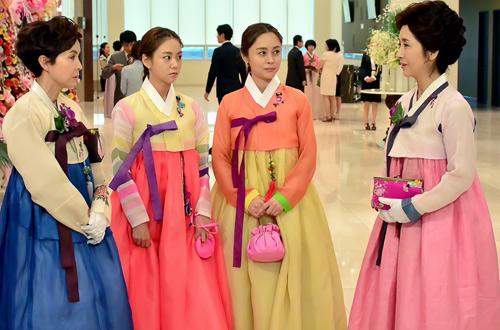 Diễn quá xuất sắc, Lee Yoo Ri bị ghét nhất màn ảnh Hàn - 3
