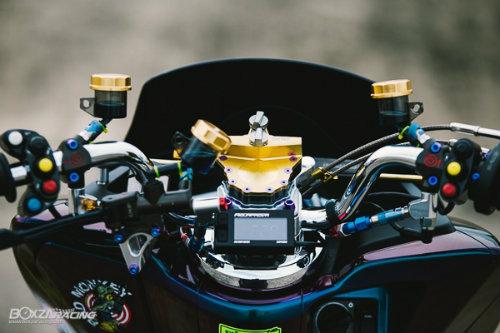"""Ngắm Honda PCX 150 độ vàng siêu đắt của """"dân chơi"""" - 3"""