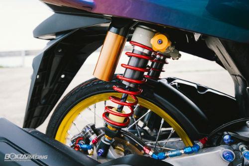 """Ngắm Honda PCX 150 độ vàng siêu đắt của """"dân chơi"""" - 8"""