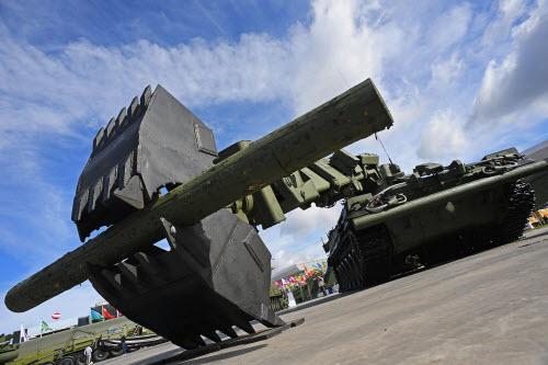 Dàn vũ khí khủng của Nga tại triển lãm Army 2016 - 1