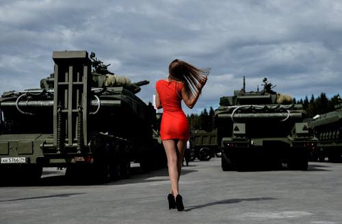Dàn vũ khí khủng của Nga tại triển lãm Army 2016 - 7