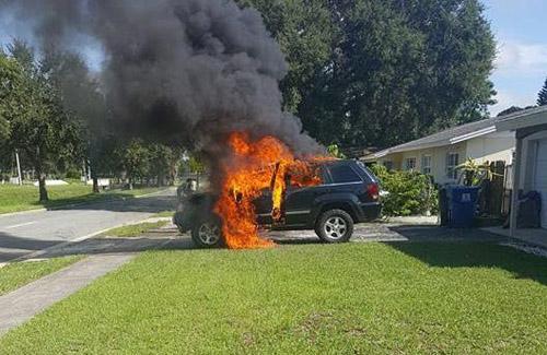 Samsung Galaxy Note 7 bị nổ làm cháy xe Jeep tại Mỹ - 2
