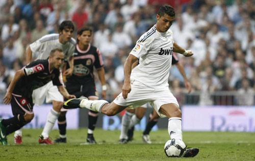 Ronaldo ra sân: Lại sắp gặp dớp ngày ra quân - 1