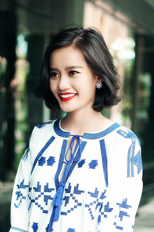 Kim Chi gợi ý cách phối đồ thu cực xinh với tóc ngắn - 11