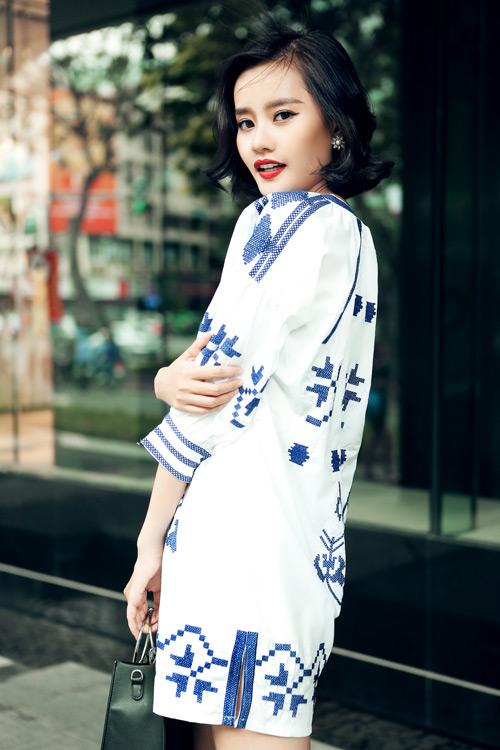 Kim Chi gợi ý cách phối đồ thu cực xinh với tóc ngắn - 12