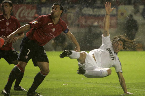 Real Madrid – Osasuna: Ronaldo xuất trận - 2