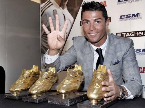 """5 kỉ lục chờ Ronaldo chinh phục: Hattrick """"bàn tay nhỏ"""" - 2"""