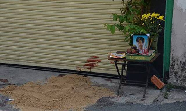 TP.HCM: Chủ tiệm sửa xe bị đâm gục gần trụ sở công an - 1