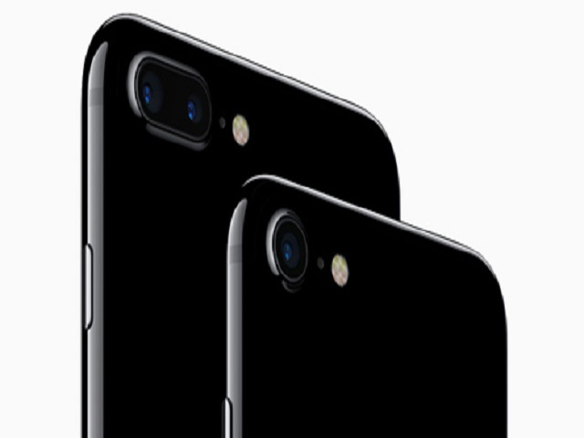 "iPhone 7 và iPhone 7 Plus Jet Black ""cháy hàng"" - 1"