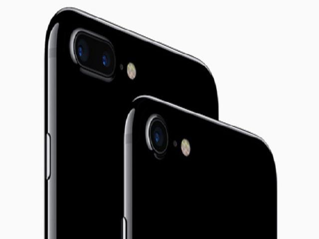 """iPhone 7 và iPhone 7 Plus Jet Black """"cháy hàng"""" - 1"""