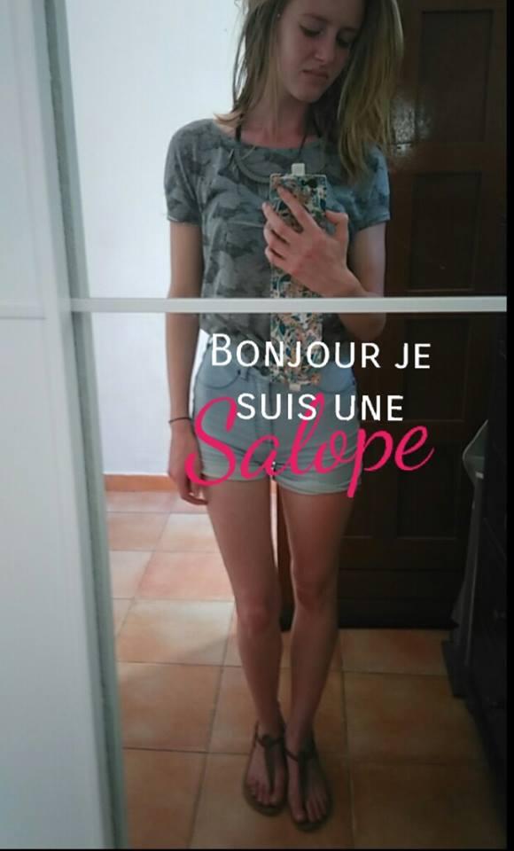 """Mặc quần ngắn, 2 phụ nữ Pháp bị gọi là """"đĩ điếm"""" - 3"""