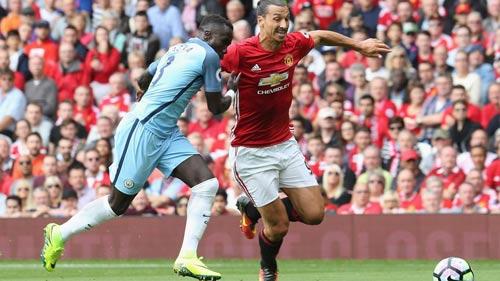 Chùm ảnh derby Manchester: Cảm xúc thăng trầm - 2